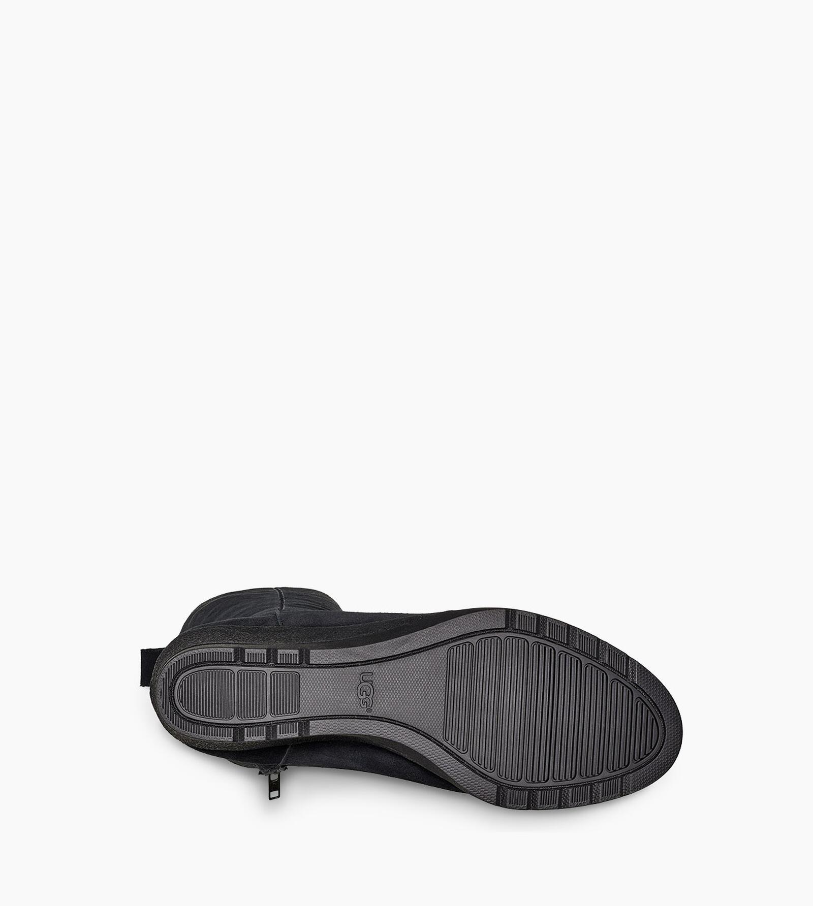 Oliveira Tall Boot